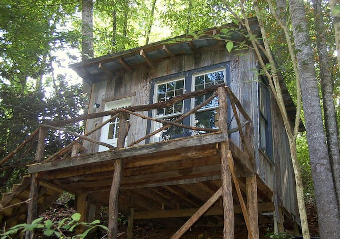 The Tree House at Healing Springs