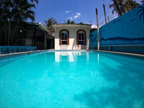 Ranch,kitchen,wifi,A/C, swimming pool and beach within 5 minutes