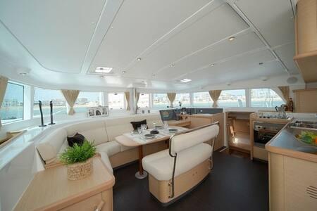 Catamaran - Le Grau-du-Roi
