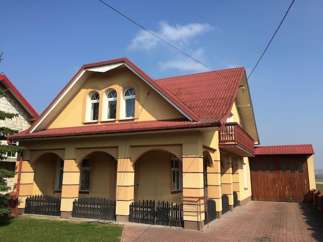 Przestronny apartament u stóp Gór Świętokrzyskich - Nowa Słupia