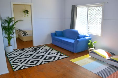Charming granny-flat, The Hill (Newcastle CBD) - The Hill - Gästehaus