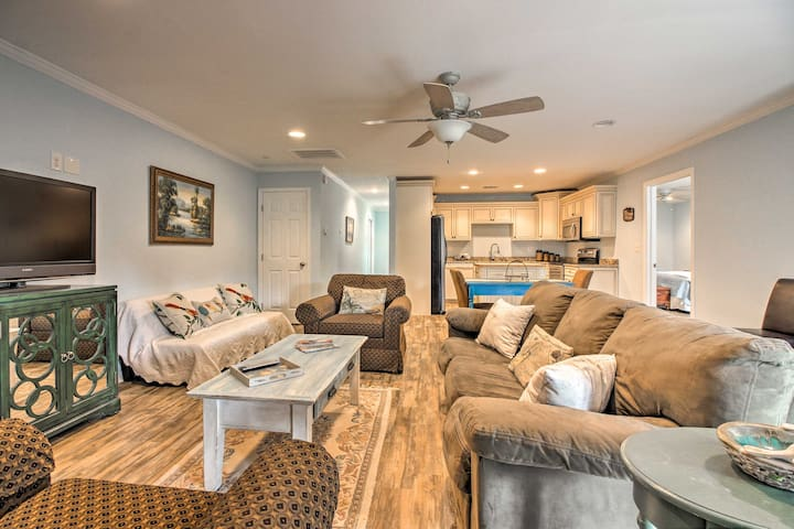 NEW! 1BR Apartment 8 Mins from downtown Savannah!
