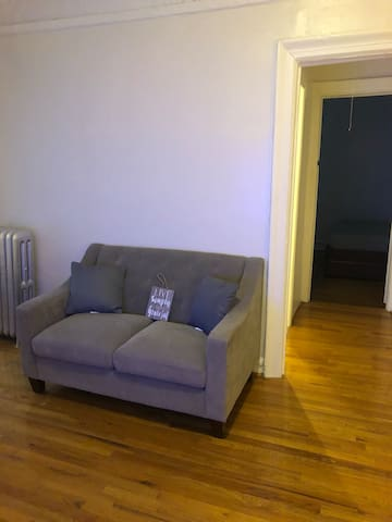 Cozy 1 bedroom apartment in Williamsburg close all