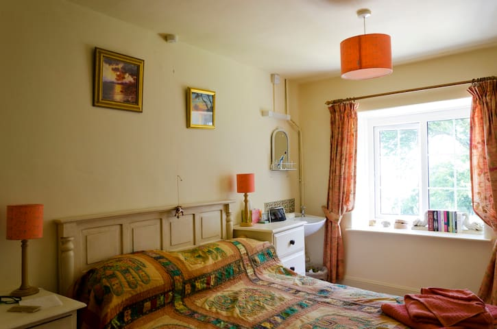 B&B  Exmoor Lynton Skylark suite - Devon - Bed & Breakfast