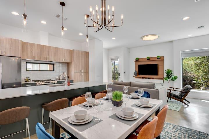 Modern Oasis - Central Austin Estate