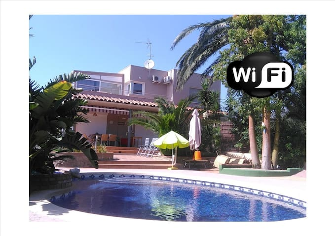 Nice renovated villa with pool in Roses/Rosas - Roses - Villa