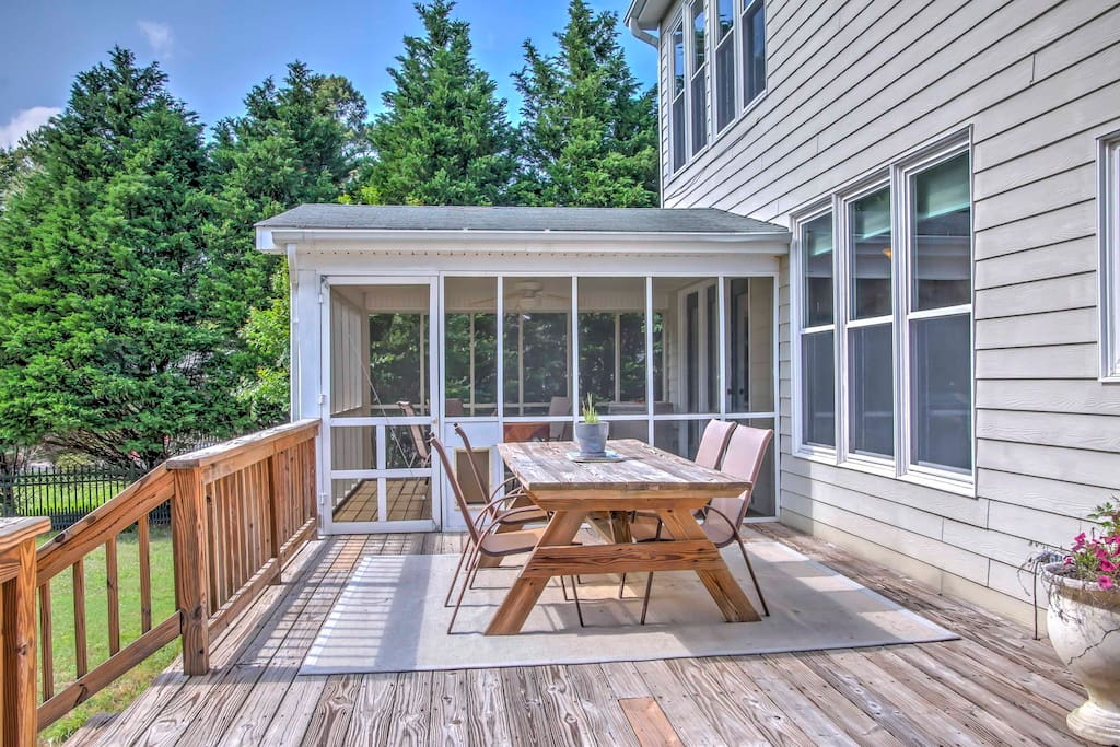 Enjoy afternoon barbecues on the expansive back deck!