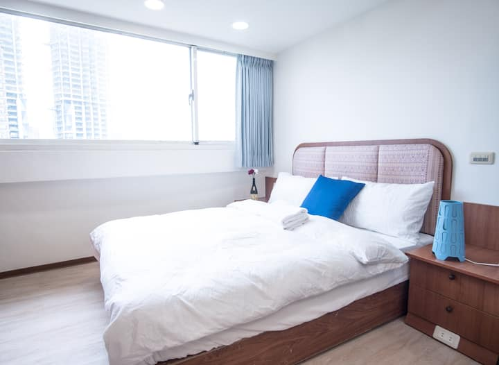 Beautiful studio in BEST AREA! Fuxing MRT 2 min!