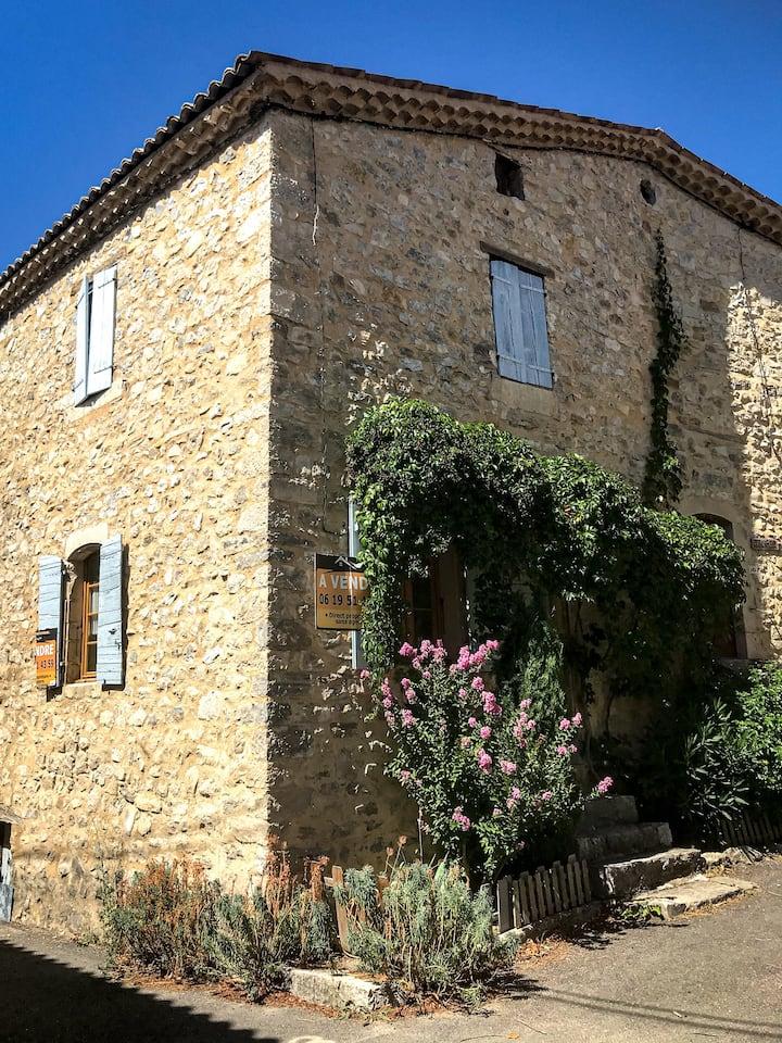 maison atypique Montauban-sur-l'ouvéze