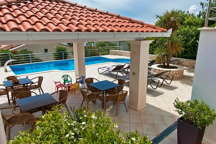 Luxurious Seaview Villa Pool Dubrovnik Plat for 22 - Plat - Villa