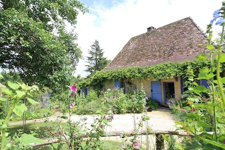 maison champêtre classée **** et piscine privée - Bergerac - บ้าน