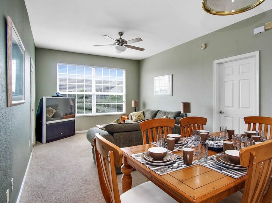 Beautiful and spacious open plan living