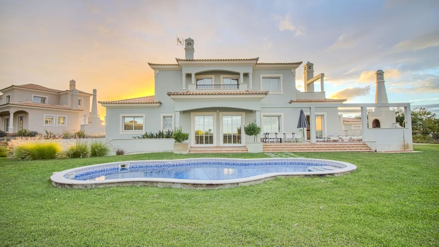 Villa @ Quinta do Vale Golfe (50)