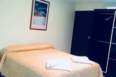 Apia Inn - Triple Deluxe Room