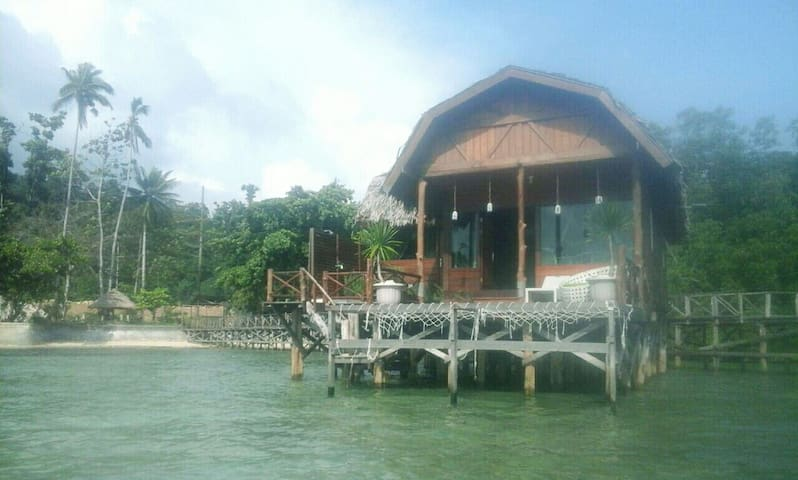 Cottage water - waisai raja ampat