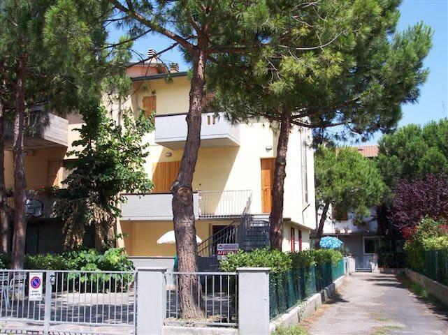 Pinarella di Cervia, 5 posti letto vicino al mare - Pinarella - Apartment