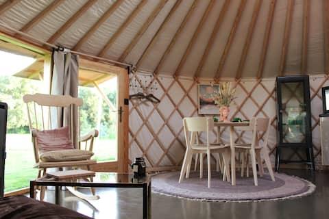 *NEW* Luxe yurt, aan de rand van Deventer