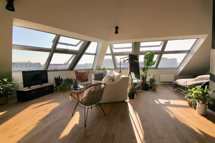 Design Studio Apartment mit Panorama Blick