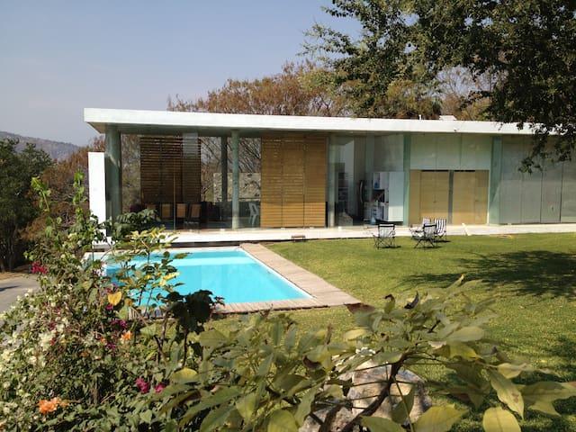 Casa minimalista en contacto con la naturaleza - Cuernavaca - Dům