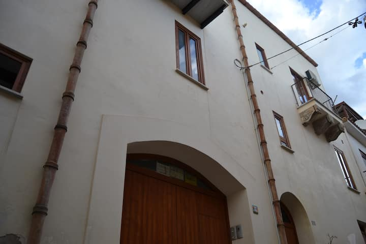 Casa Umberto in pieno centro a Monreale