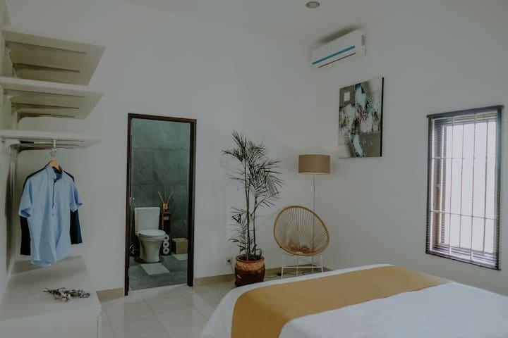 Cozy Jade Room at Umah Tara Wellbeing Home