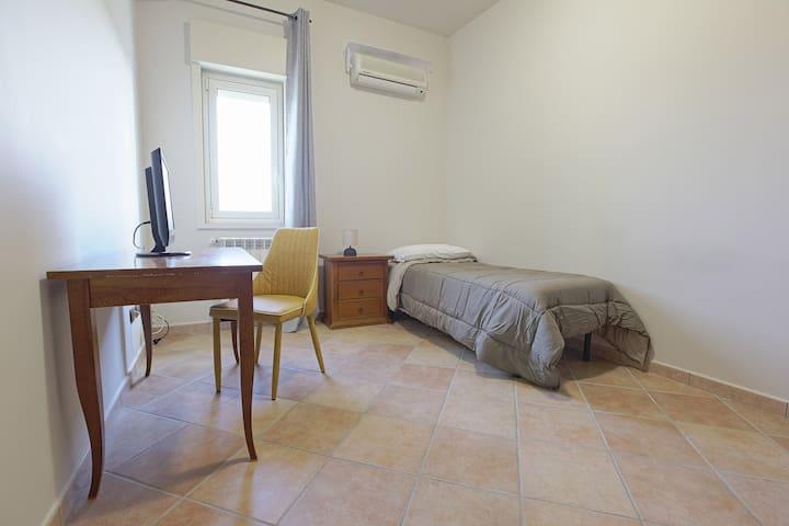 Camera Cinque - Cannatello Home