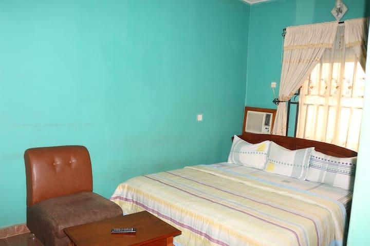 Green Park Hotel - STANDARD ROOM