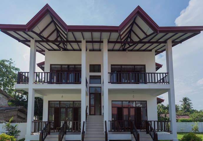 Chamin's Villa (3)
