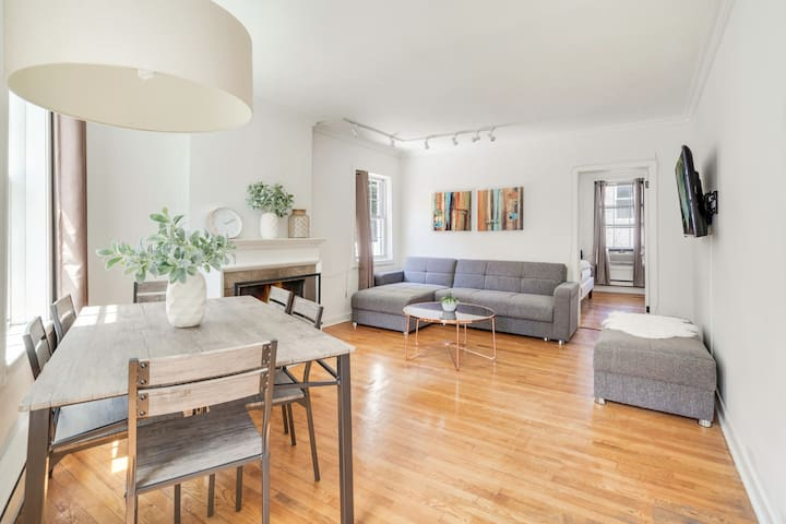 Beautiful apartment in the heart of West Village!