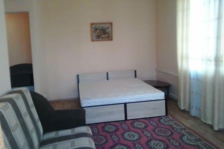 В центре Орла отличная квартира от собственника - Орёл - Apartamento