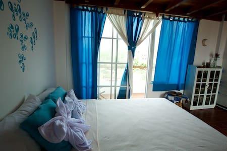 """Cozy Galapagos """"Encantadas"""" Blue - Puerto Ayora"""