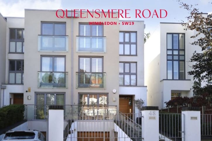 Beautiful and modern family home in Wimbledon