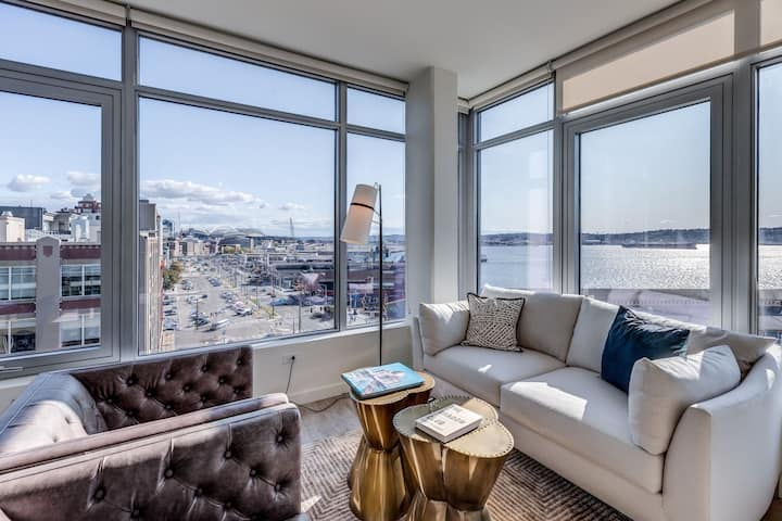 Upscale 1BR w/ rooftop terrace in Seattle