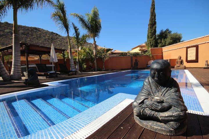Villa Buda, private garden pool jacuzzi BBQ area
