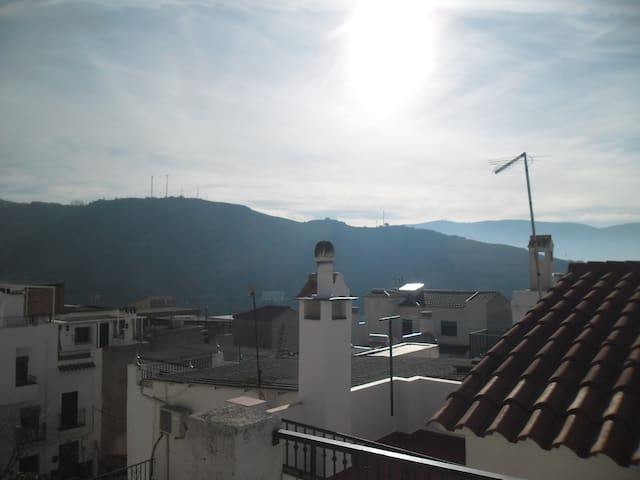 BEAUTIFUL HAZY DAY VIEW FROM ROOF TO SOUTHEAST