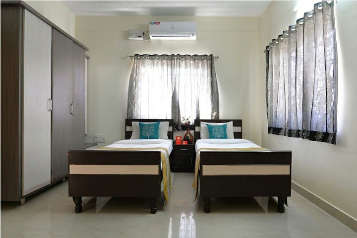 Stay for two @ I.T hub. - Hyderabad - Apartment