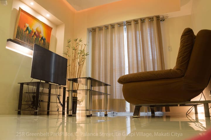 Greenbelt ParkPlace Building, Makati, Best 1BR - Makati - Daire