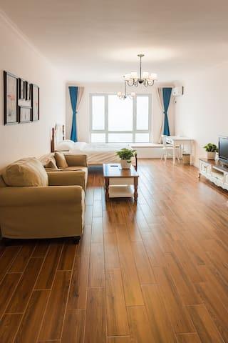 葫芦岛龙湾海滨、和平广场  观望  海景公寓(单独整间)
