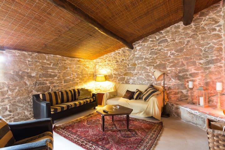 Casa da encosta é uma casa de campo - Reguengo Grande
