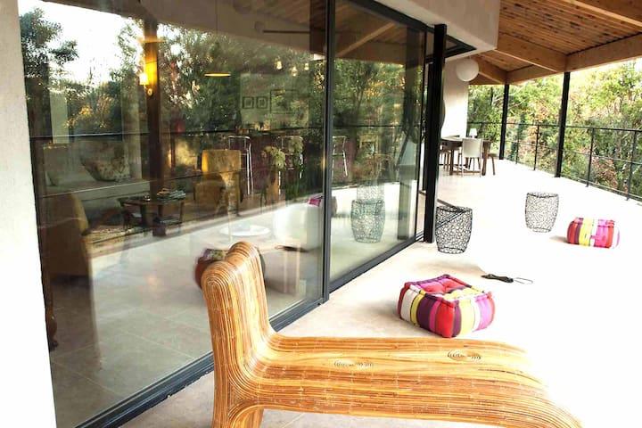 Vireplane Villa pour vivre dedans-dehors - Orgnac-l'Aven - 別荘