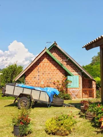 Casa aconchegante com bom preço
