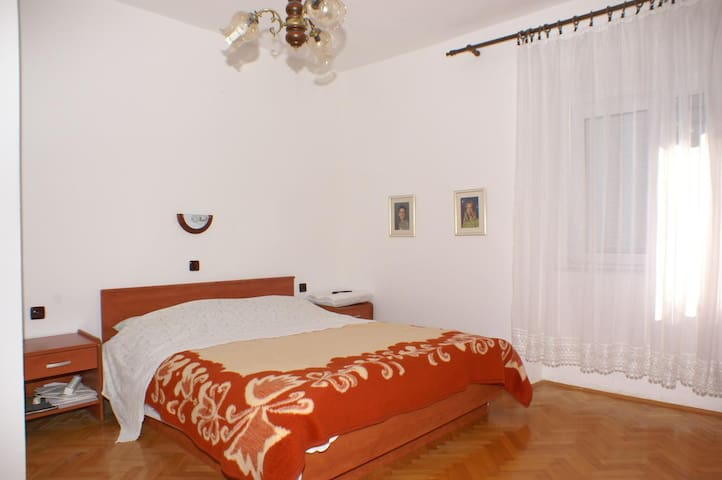Room near beach Novalja (Pag) (S-4067-b)