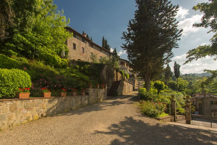 """Holiday home in Antique Hamlet quoted in Dante's poem """"inferno"""""""