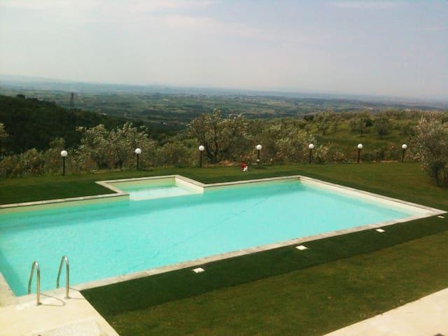 Beautifull Casa Rossa in Tuscany, near Florence - San Baronto - Haus