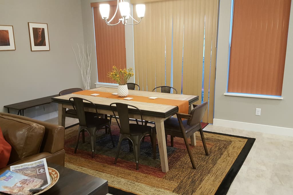 Dining Area / Extendable table ( up to eight )