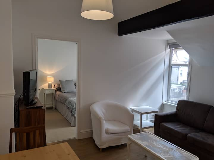 Cosy one bedroom flat (Double)