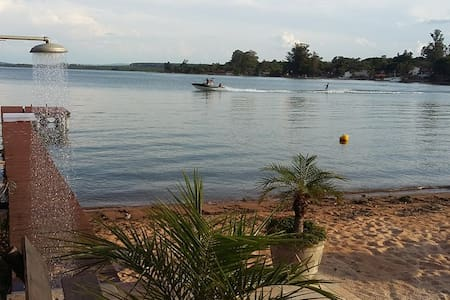 Broa- Sítio São Sebastião - São Carlos - กระท่อม