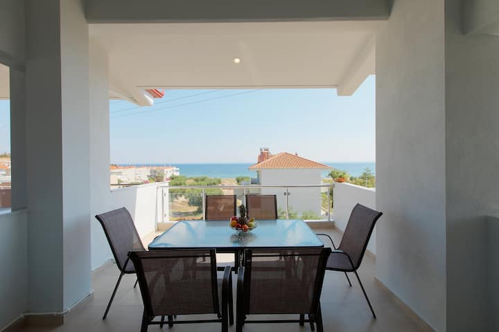 Chalkidiki Seaside Luxury - Cozy Family House