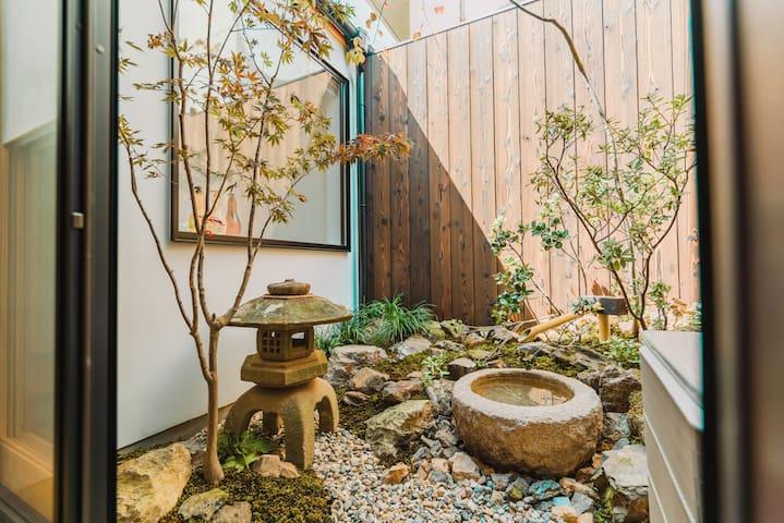 慶有魚·五条*清水衹園*日本式庭園を鑑賞できるお風呂*鴨川近く*京都旅館業認証