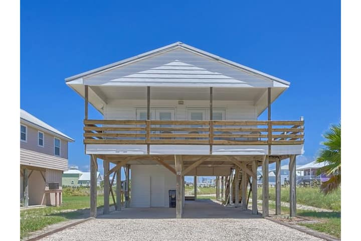 Second Choice by Meyer Vacation Rentals 2 Bedroom 2 Bath Sleeps 6
